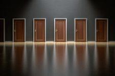 puertas de madera en sevilla